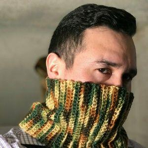 Crocheted neck/face warmer